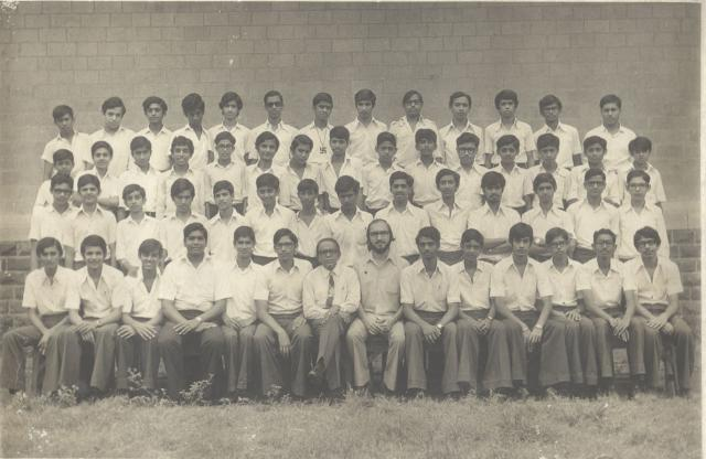 Class of 1975 (New) Year 11 Picture